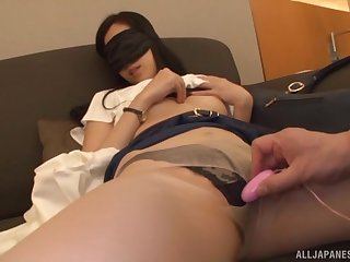 Blindfolded submissive Japanese babe Kitajima Yui pussy toyed