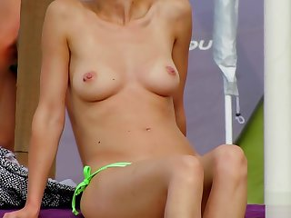 Amateur Topless MILFs - Eavesdrop Beach Close-Up Dusting