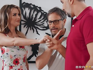 Number one wife Linzee Ryder fucks with a stranger behind husband's back