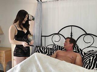 Senior man enjoys fucking super sexy brunette Jayde Symz