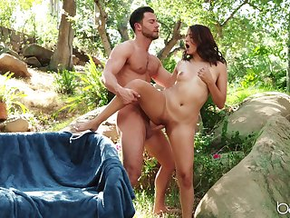 Great outdoor sex in someone's skin forest with Lexi Aaane