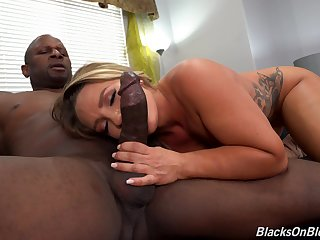 Doggy anal Non-Standard thusly office MILF