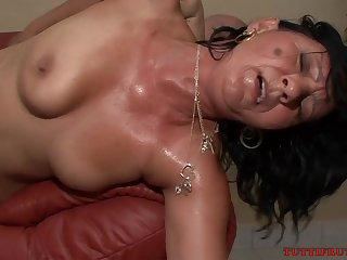 Happy Mommy Casting - GILF Sex