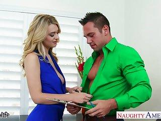 Sex-starved blonde in mini glad rags Natalia Starr fucks seconded defy Johnny Castle