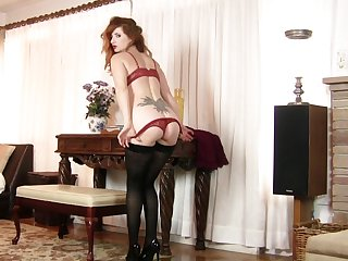 Horny MILF Amber Inception drops her panties together with plays with a dildo